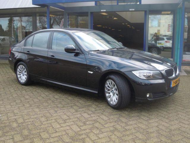 BMW 3-Serie 2.0 D 318 105KW AUT6 Business Line