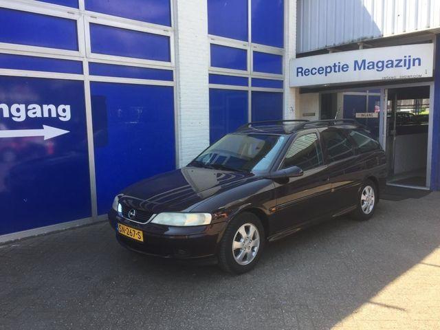 Opel Vectra Wagon 2.0 DTH Sport Edition II Rijdt heerlijk Aflevering met nieuwe APK
